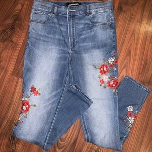 Express embroidered legging jean
